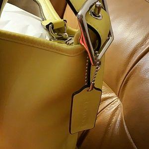 Coach Bags - Coach Leather Bag